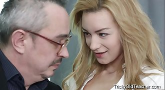 Tricky Old Teacher - Hot blonde babe fucks her teacher