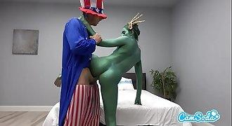 Camsoda - Statue of Liberty Fucks Uncle Sam