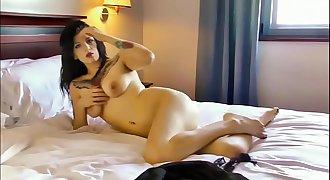 Kate Cash's Erotic Bed Dance