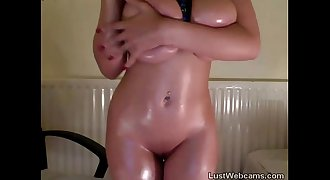 Big titted babe teasing on webcam