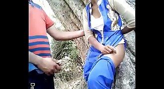 Desi Randi Girl Outdorr Fuck ( Desivdo.com )