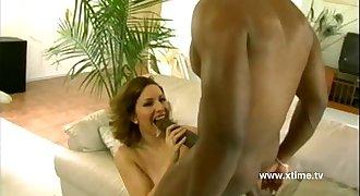 Giant black dick destroys some white candid vagina