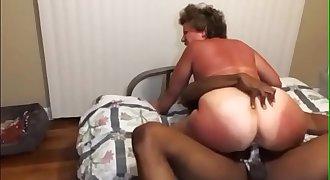 Big ButtGrandmaCreams All Over Big black cock She Met Online