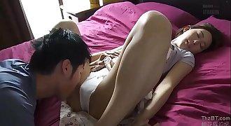 Housewife Matsushita Saeko satisfied by young Neighbour)