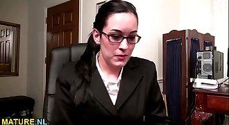 American MILF in glasses masturbating