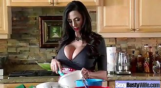Chesty Housewife (ariella ferrera) Like Hard Style Intercorse On Cam movie-05