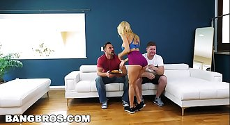 BANGBROS - Big Tits MILF Alexis Fawx Squirts All Over A Huge Hard-on