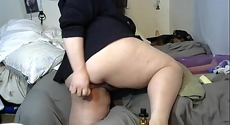 MimiChibi on Chaturbate cam session mostly hanging out. Mistress. Cumshow. Foot Fetish